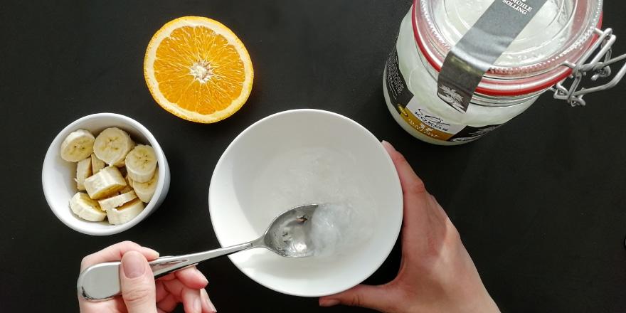 Kokosöl-Haarkur mit Banane und Orange